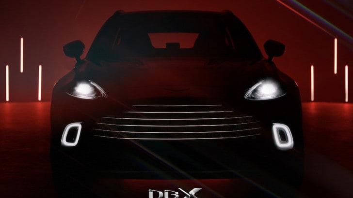 Aston Martin DBX svela il prezzo e gli interni