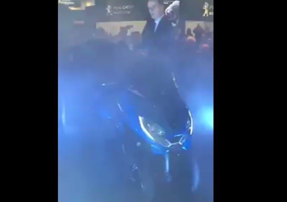 EICMA 2019, ecco svelato Peugeot Metropolis RS Concept: VIDEO