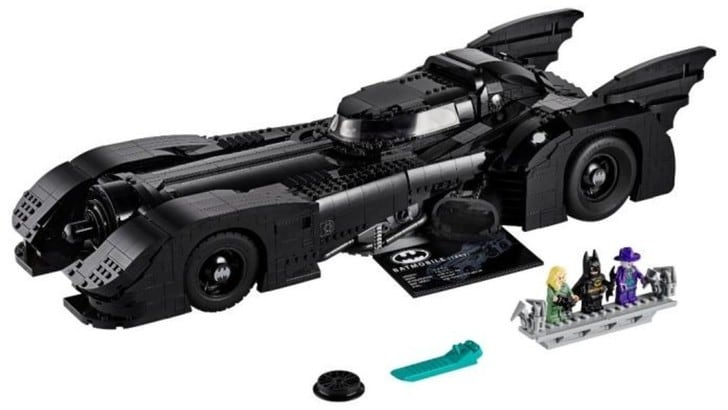 Batmobile, un set Lego dedicato all'auto del film del 1989