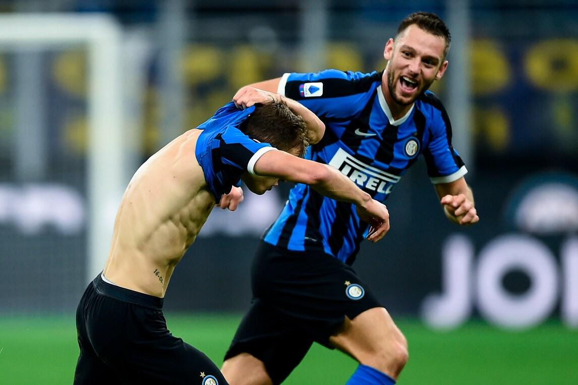 Barella gol e spogliarello: l'Inter batte il Verona in rimonta