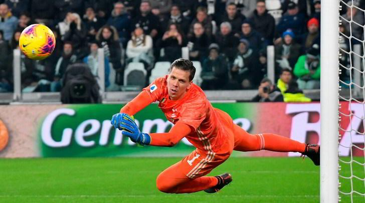 Juve-Milan, le pagelle: Szczesny alza il muro