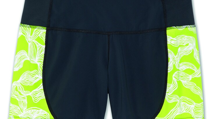 Nightlife Essentials, la linea di abbigliamento Brooks per correre in sicurezza