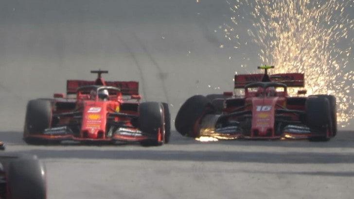 Disastro Ferrari: incidente tra Leclerc e Vettel, entrambi fuori
