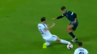 Quell'entrata di Godin su Dybala scalda Juve-Inter