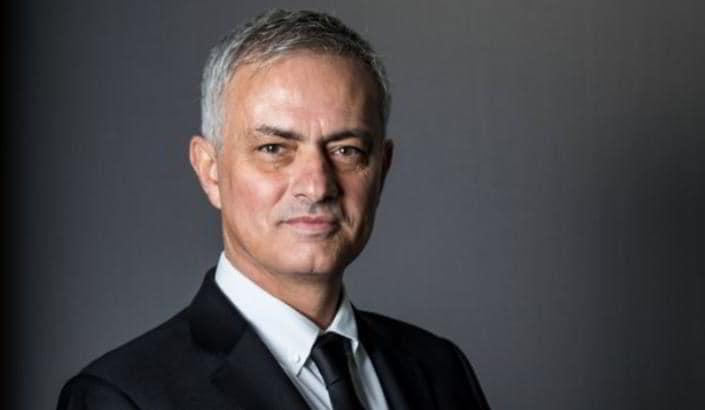 """Dall'Inghilterra: """"Mourinho al Tottenham, ecco lo stipendio"""""""