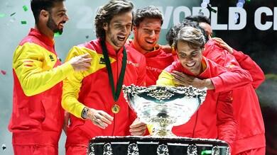Coppa Davis, l'apoteosi con selfie della Spagna di Nadal
