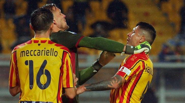 Il Lecce rimonta il Cagliari: Calderoni fa 2-2 nel recupero