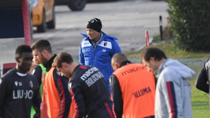 Mihajlovic annulla il giorno di riposo e dirige l'allenamento del Bologna