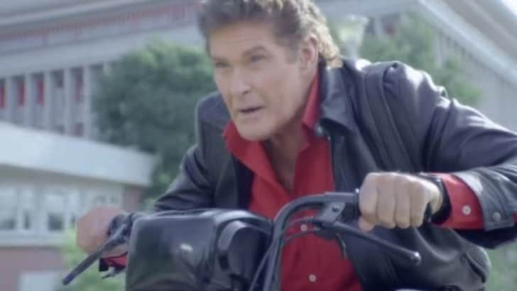 Supercar diventa un motorino, Michael Knight ancora protagonista VIDEO