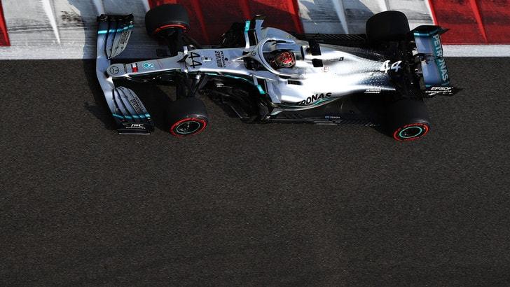 Gp Abu Dhabi, pole di Hamilton: Leclerc e Vettel in seconda fila