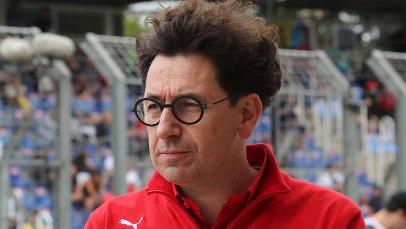 """F1, Binotto: """"Futuro di Hamilton in Ferrari? Presto per parlarne"""""""