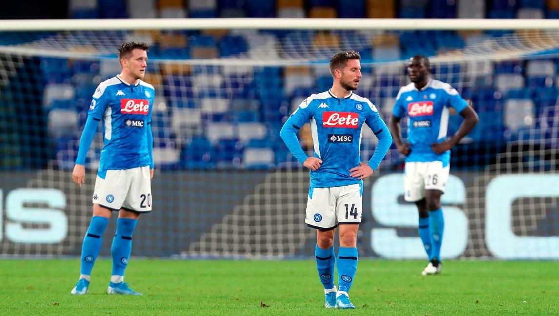 Napoli, è crisi vera: ko con il Bologna, i giocatori si disperano