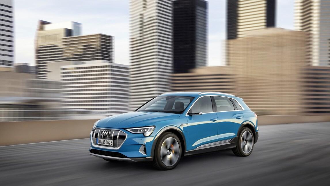 Audi e-tron, tutte le immagini