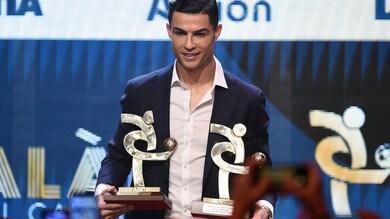 Juve, Ronaldo ritira il premio come miglior giocatore al Gran Galà del Calcio