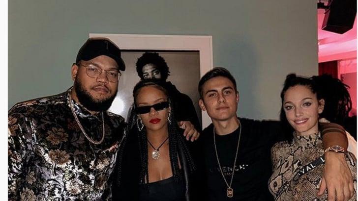Dybala e Oriana ospiti di Rihanna: «Giorno da sogno». E ora il rinnovo