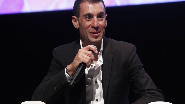 Nibali all'Aquila per la frattura rimediata al Tour de France. Il sindaco:
