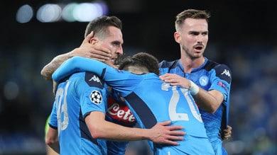 Super Milik trascina il Napoli: tripletta e ottavi di Champions