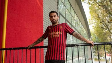 La maglia limited edition Puma e le collezioni speciali per i 120 anni del Milan