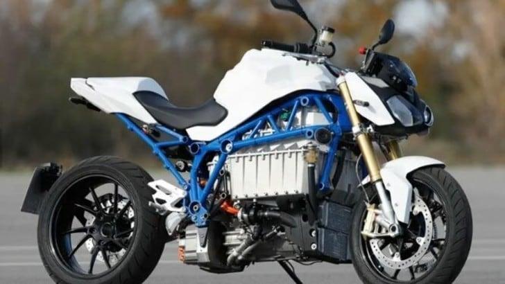 BMW, concept E-Power Roadster in lavorazione