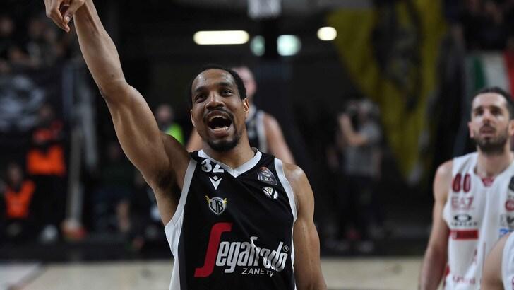 Virtus Bologna schiacciasassi: battuta l'Olimpia Milano
