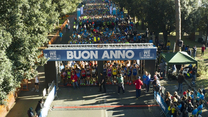 Atleticom We Run Rome: che spettacolo a Roma con 10mila persone. Meucci 2°