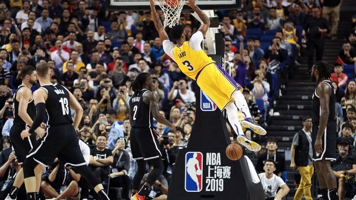 Nba, Davis e i Lakers abbattono i New Orleans di Melli. Harden trascina Houston