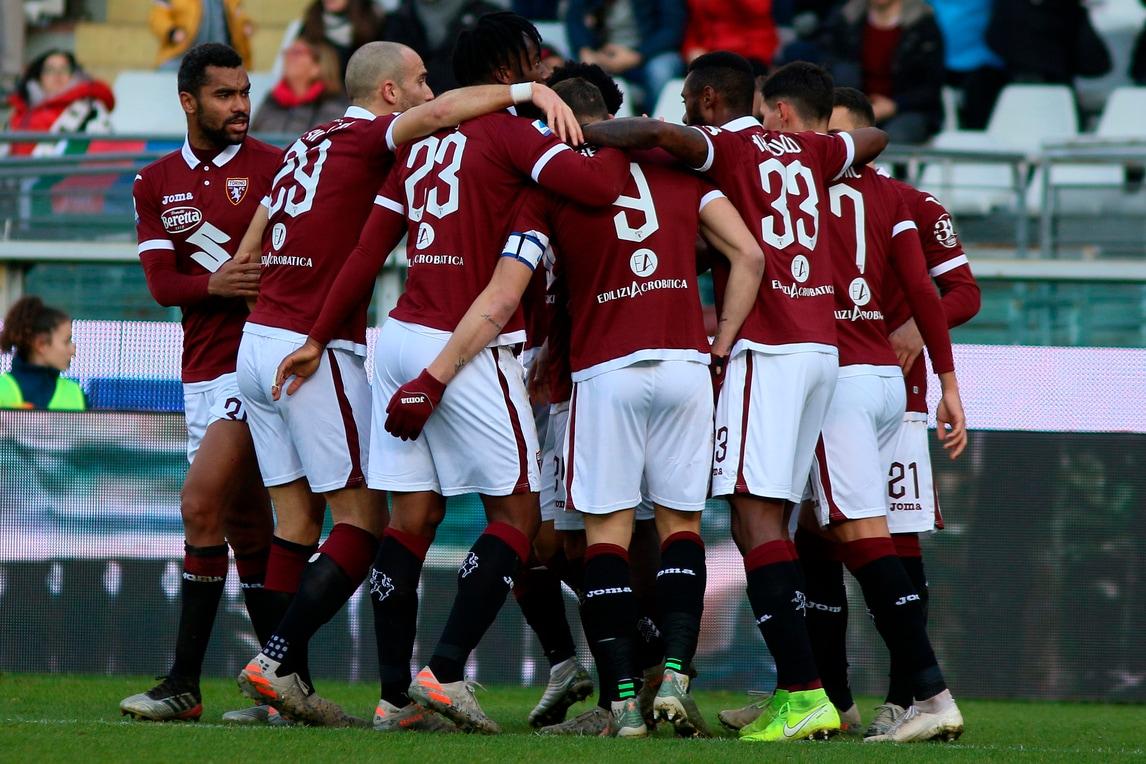 Torino-Bologna 1-0 grazie a Berenguer, Mazzarri batte Mihajlovic