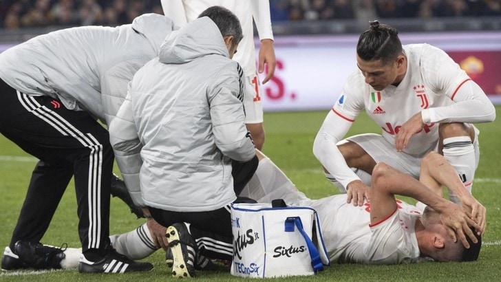 Demiral, infortunio in Roma-Juve: lascia il campo, entra De Ligt