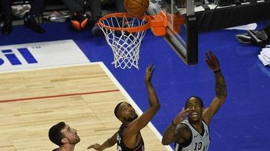 Nba, Belinelli e gli Spurs stendono Toronto. Ko a sorpresa di Clippers e Heat
