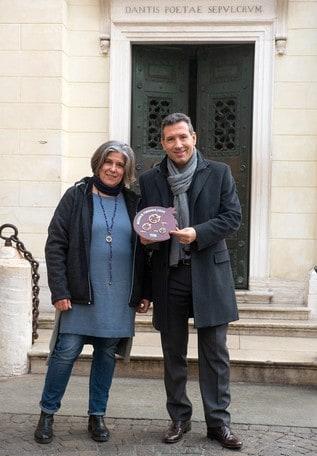 Maratona di Ravenna Città d'Arte dedica la medaglia a Dante Alighieri