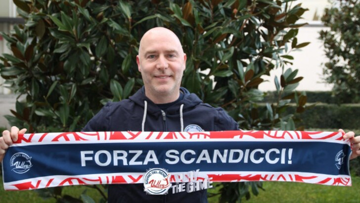 Luca Cristofani all'esordio in A1 sulla panchina di Scandicci