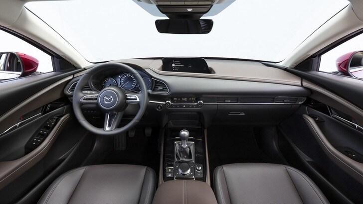 Piacere di guida al top con la Skyactiv-Vehicle Architecture di Mazda
