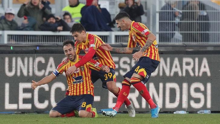 L'Inter frena a Lecce: 1-1. Brescia, Balotelli entra e prende subito il rosso