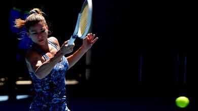 Australian Open, Giorgi supera il primo turno. Eliminata la Sharapova
