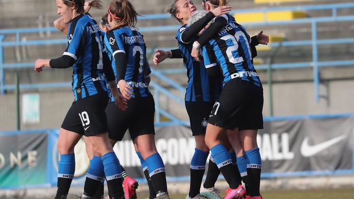 L'Inter travolge l'Empoli, la Roma blocca la Fiorentina sul 2-2