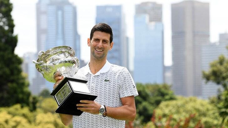 Classifica Atp, Djokovic torna al primo posto: sorpassato Nadal