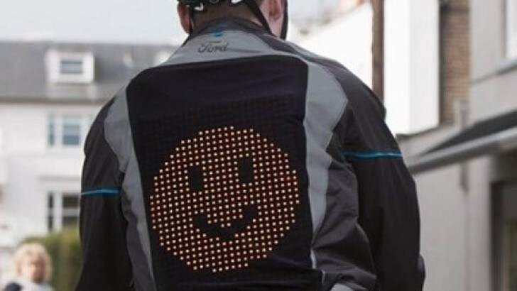 Ford Emoji Jacket, la giacca intelligente per la sicurezza stradale
