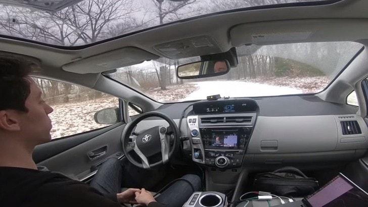 Guida autonoma, il GPR fa comunicare auto e terreno VIDEO