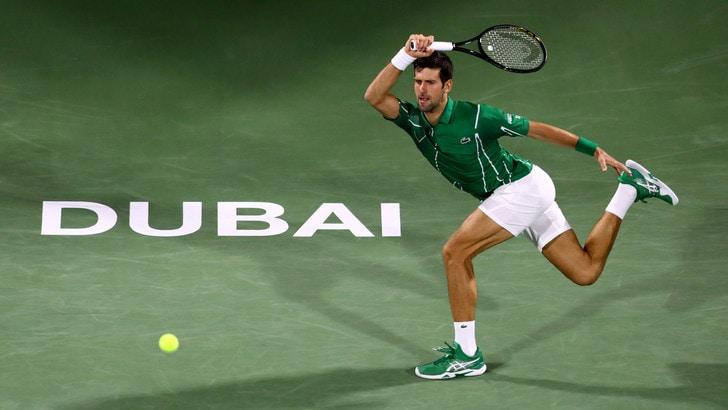 Dubai: Djokovic e Tsitsipas raggiungono le semifinali