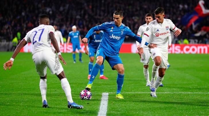 Juve-Lione, il club francese smentisce la data: