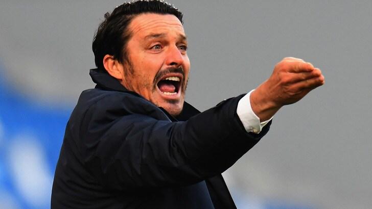 Il calciatore campione del mondo Massimo Oddo sgrida i runner: