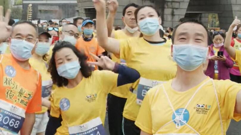 Ripartono le gare in Cina, in mille alla Panda Mini-marathon con mascherine