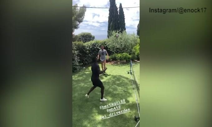 Quarantena, Balotelli inventa un nuovo sport