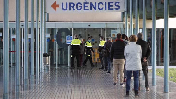 Coronavirus, la Spagna supera la Cina: 3.434 morti