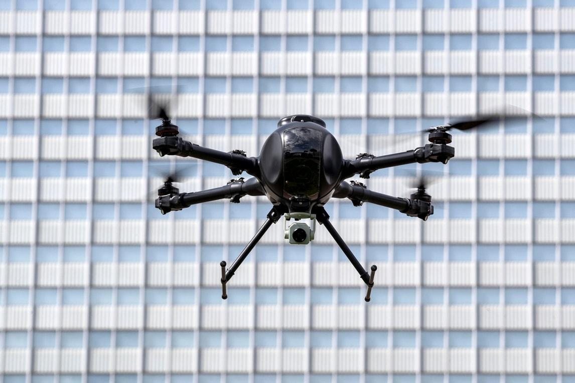 Coronavirus, anche a Roma arrivano i droni