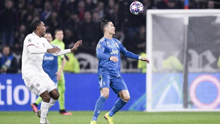 Uefa: priorità alle coppe europee e ai campionati, stop alle nazionali