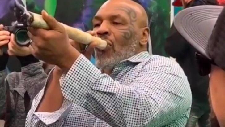 """Tyson e la marijuana: """"Ne fumo circa 40 mila dollari al mese"""""""