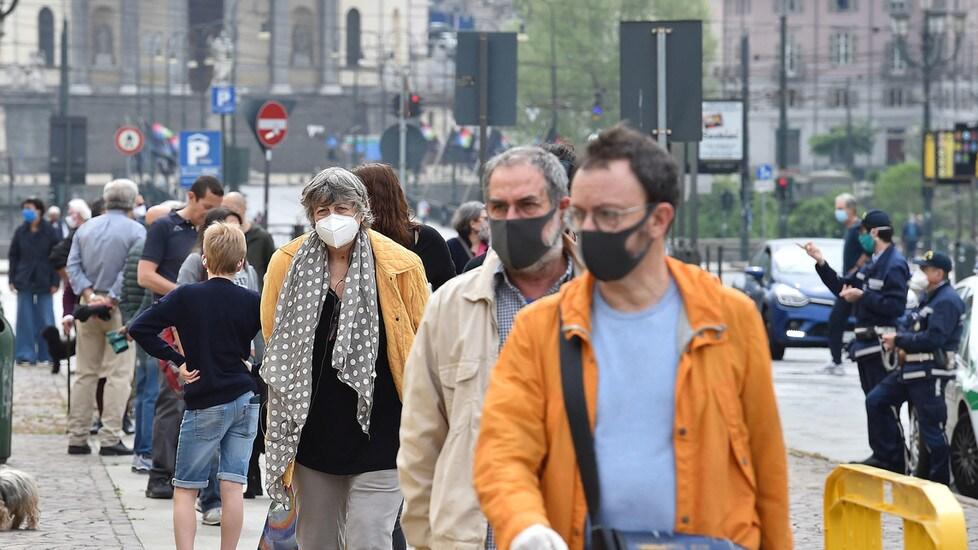 Coronavirus, a Torino persone per strada e runner - Tuttosport