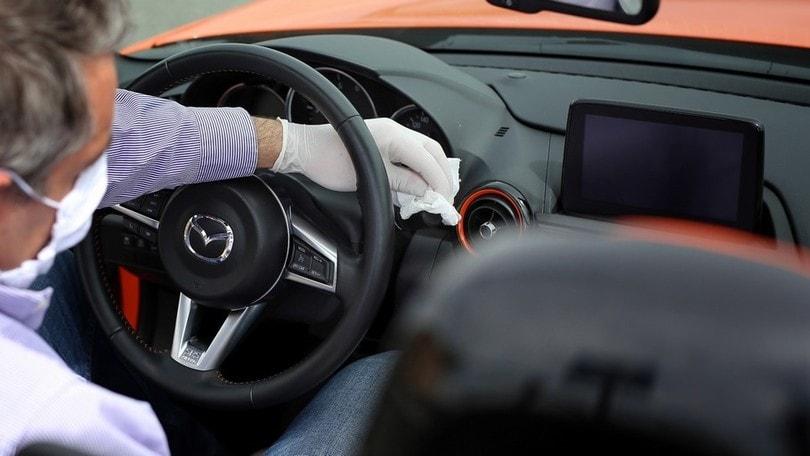 Una corretta sanificazione dell'auto riduce i rischi da coronavirus