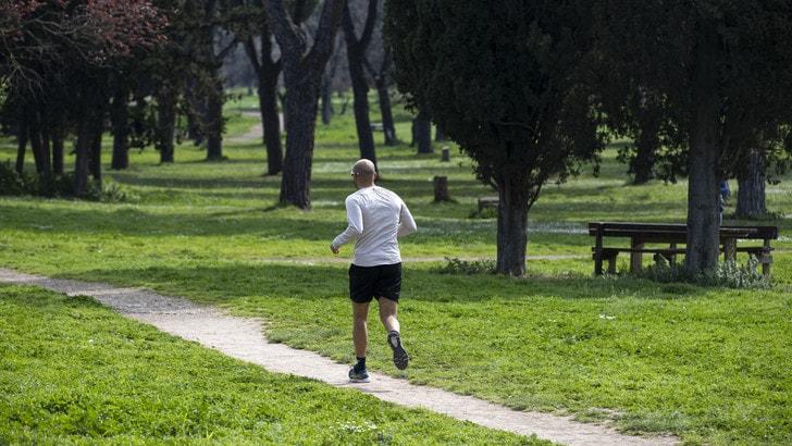 Coronavirus, in Campania vietata la corsa per i runner
